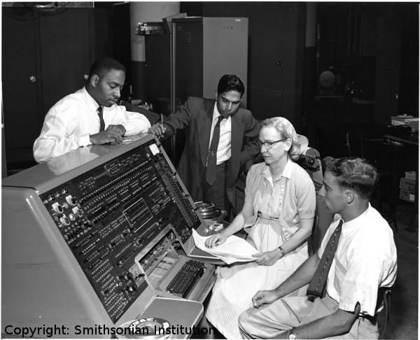 30-COBOL-dev--600x486