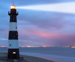 lighthouse-300x250