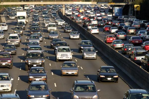 cars-traffic-600x400